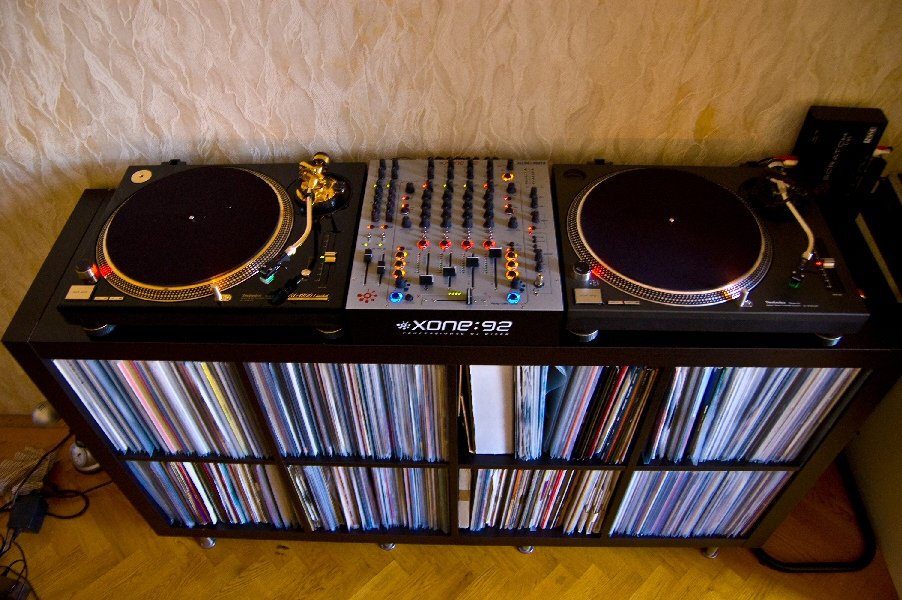 DJ Table For 1200s And 2x CDJs